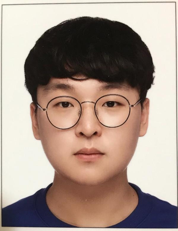 김연준_사진.jpg